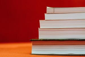 books-933333_1920