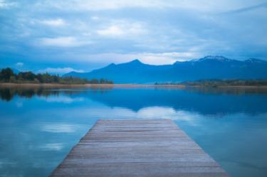 lake-1398088_1280