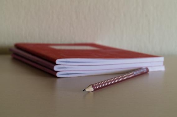pencil-968952_640
