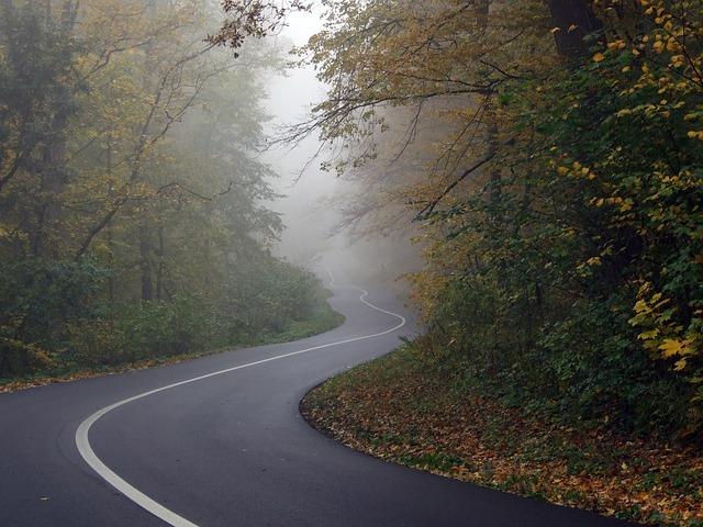 road-564492_640