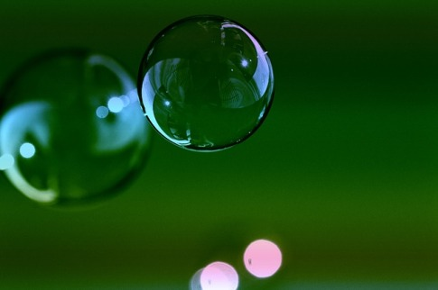 soap-bubbles-1119643_640
