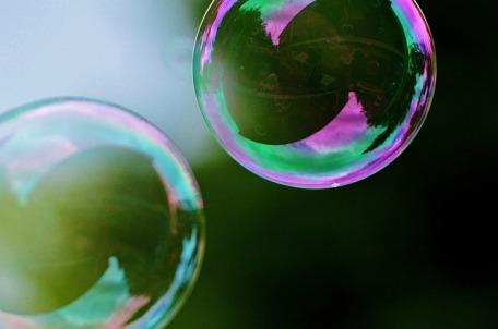 soap-bubbles-817095_640