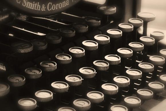 typewriter-1407820_640