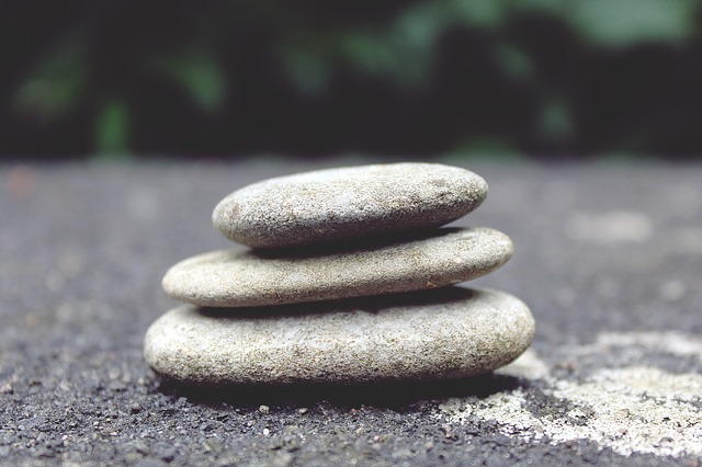 stones-944145_640
