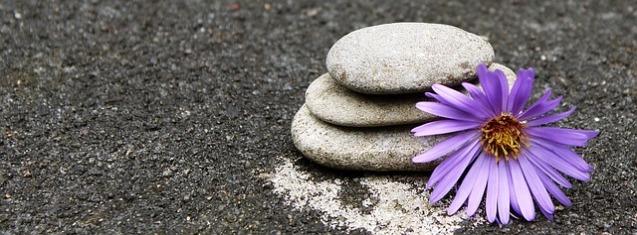 stones-947475_640