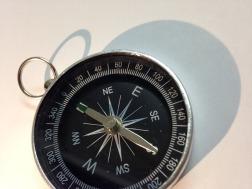 compass-1337921_640