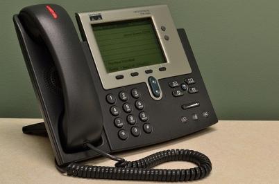 telephone-1223310_640