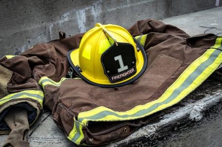 firefighter-920032_640