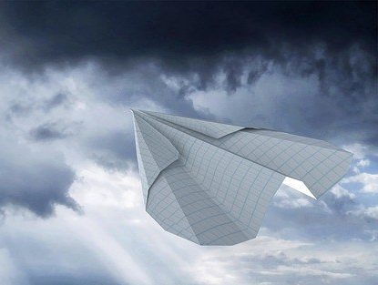 airplane-paper-2648958_640