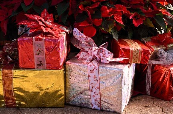 presents-1898550_640