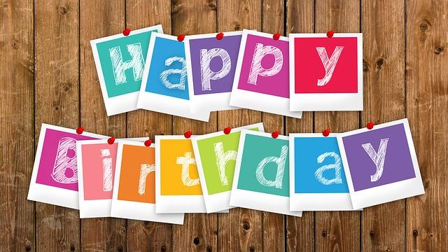 birthday-2496215_640