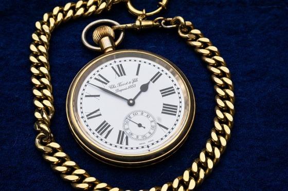 clock-597435_640