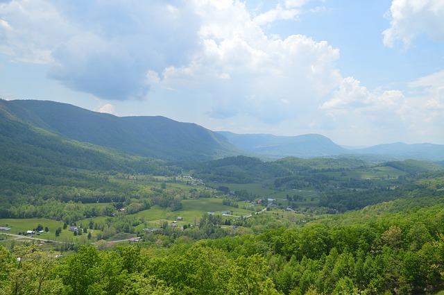mountains-773920_640