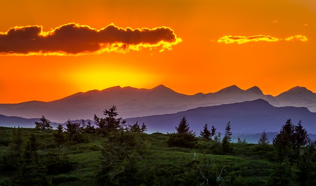 sunset-1113547_640