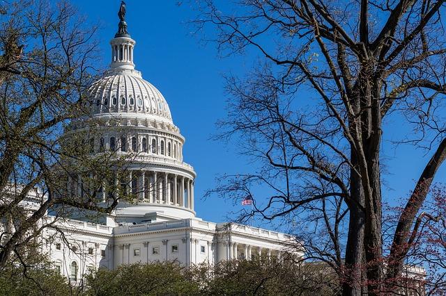 us-capitol-building-2225768_640