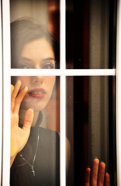window-1346742_640
