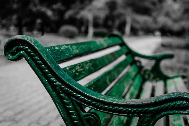 park-bench-338429_640