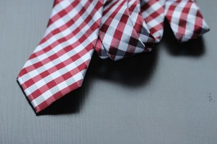 necktie-987784_640.jpg
