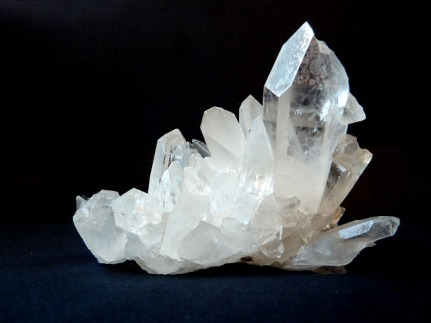 rock-crystal-1603480_640