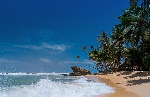 beach-1867590_640
