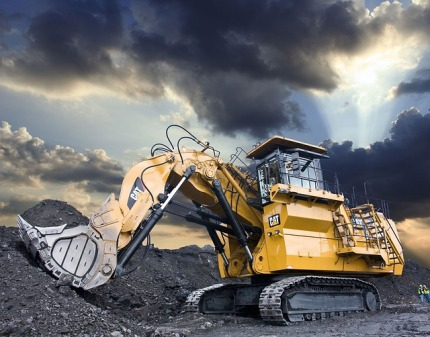 large-hydraulic-excavator-2576750_640.jpg