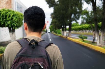 walk-3511276_640