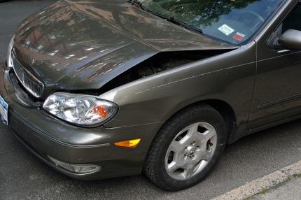 crashed-car-2727666_640.jpg