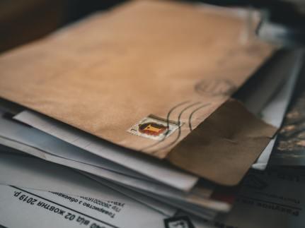 brown-folder-3059855