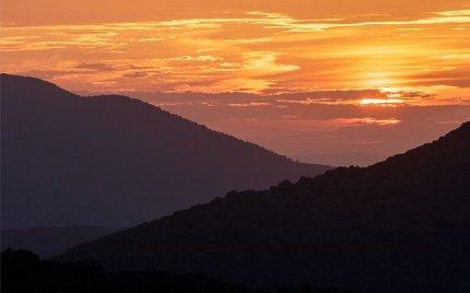 sunrise-3956831_640