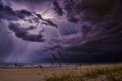 lightning-4234254_640